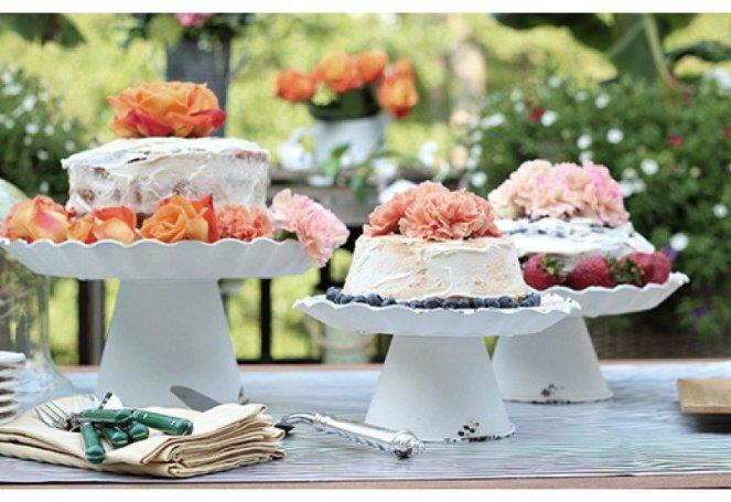 decor-steals-cake-stands-2a