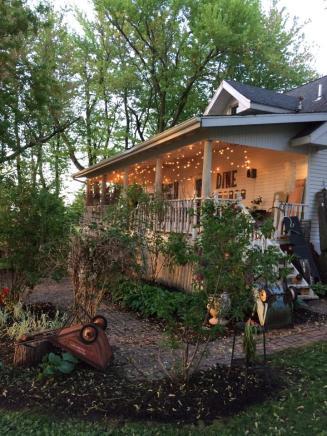 farmhouse-twickle-lights