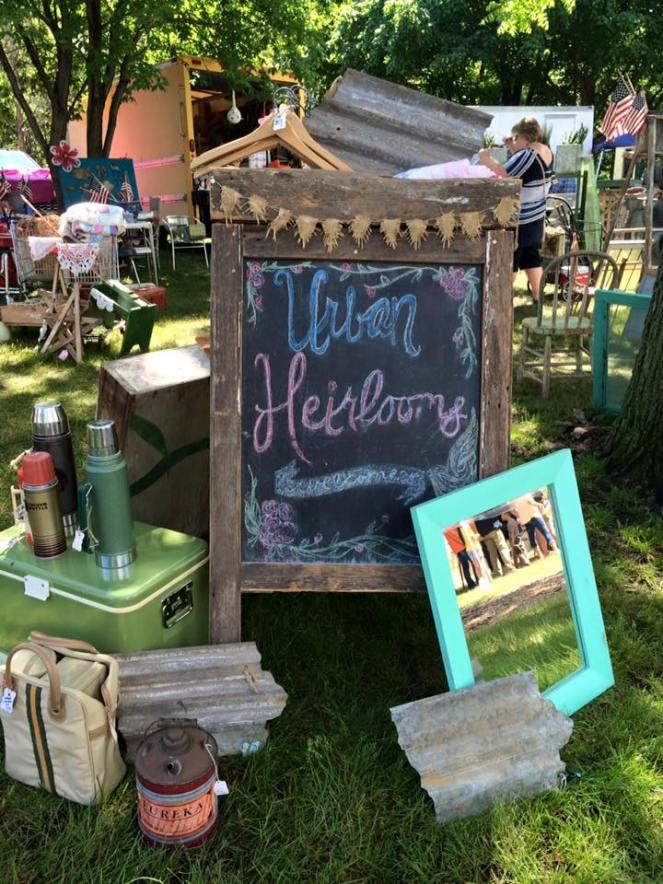 flea-market-set-up